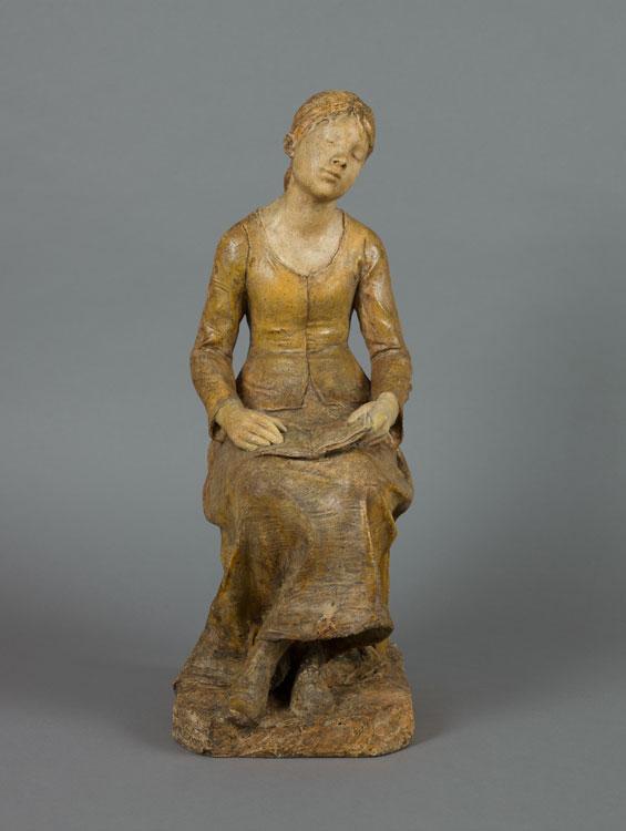 Alfred BOUCHER (1850 - 1934), Jeune fille lisant, 1879-1882, plâtre patiné, H.49,2 L.18,9 P.26,8 cm,  Musée Camille Claudel Nogent-sur-Seine, inv.2010.1.28, don de Reine-Marie Paris en 2008